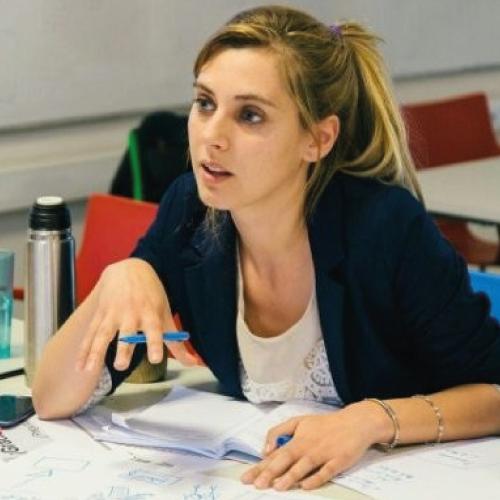 Lara Medialdea